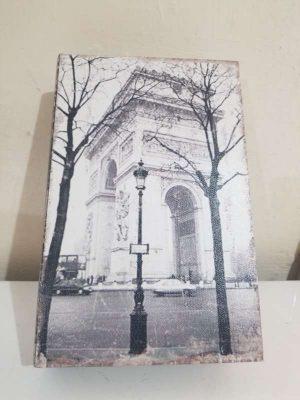 Alhajero o caja de seguridad Diseño libro tema Paris