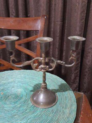 Candelabro De 3 Brazos En Bronce Antiguo Bonito Diseño