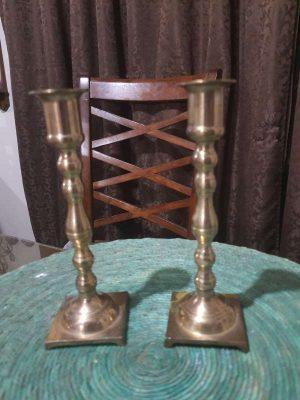 Hermosos Candelabros Candeleros De Bronce Antiguos